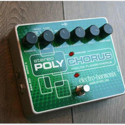 "EHX ""Stereo Polychorus"""
