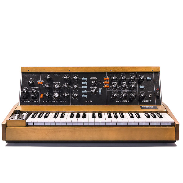 Moog Model D Reissue : moog minimoog model d reissue analog synthesizer reverb ~ Hamham.info Haus und Dekorationen