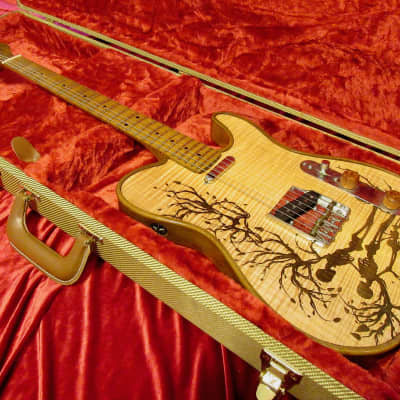 Walla Walla Skeleton Reunion Maverick Pro Laser Etched Flame Maple for sale