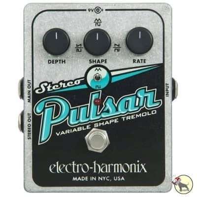 Electro-Harmonix Stereo Pulsar Variable Shape Analog Tremolo Guitar Pedal