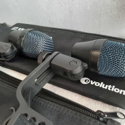 Set of 4x  Sennheiser E904 dynamic microphone with drumm clamb