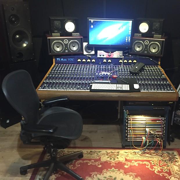 Tl Audio Vtc 32 Valve Mixing Console