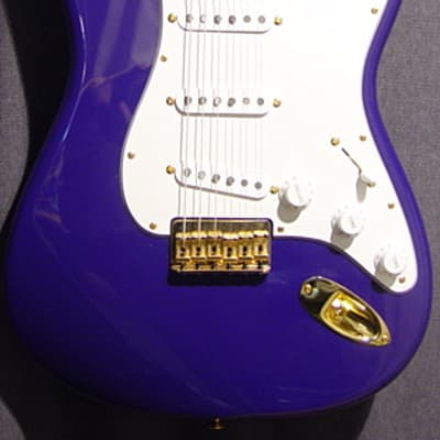 Fender Custom Shop Robert Cray Stratocaster Purple 2006 for sale