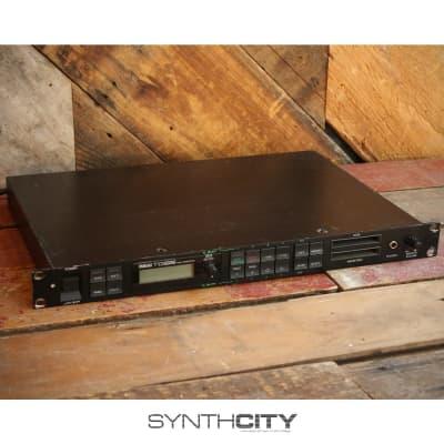 Yamaha TG55 Tone Generator