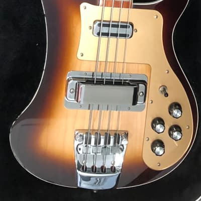 """Rickenbacker 4003 """"Color of the Year"""" (2006 Production) Montezuma Brown"""
