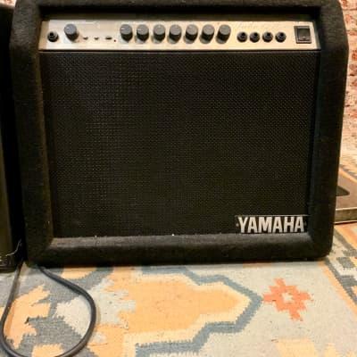 Yamaha Tube 1240R Guitar Amp
