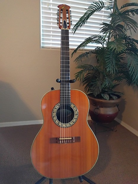 Ovation 1624-4 Country Artist Classic Natural Gloss