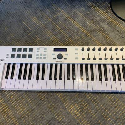 Arturia KeyLab Essential 49 MIDI Controller 2017 - 2021 White
