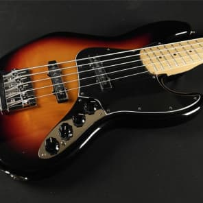 Fender Deluxe Active Jazz Bass V Maple Fretboard - 3 Tone Sunburst (744) for sale