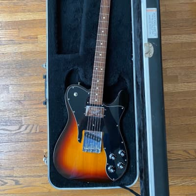 Fender Classic Series '72 Telecaster Custom with Case