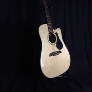 Alvarez RD27CE Regent Acoustic-Electric Guitar Natural