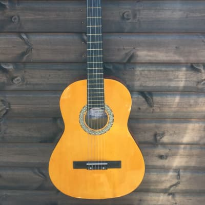 GB Music Retail High Quality Hand Crafted Classical Guitar for sale