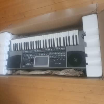 Korg  pa900 boxed mint