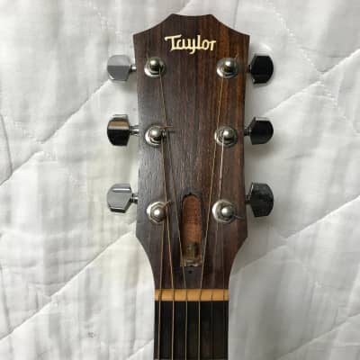 Taylor 210ce  2008 Natural