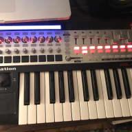 Novation 25SL MkII 25 Key MIDI Controller