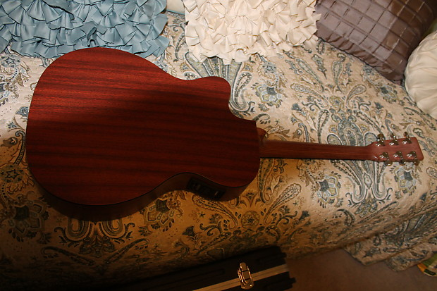 Martin Custom Model Acoustic Electric Natural With Cutaway