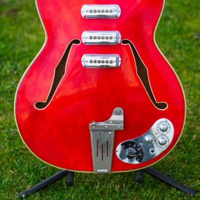 Klira Lady 1965 Iridescent Red for sale