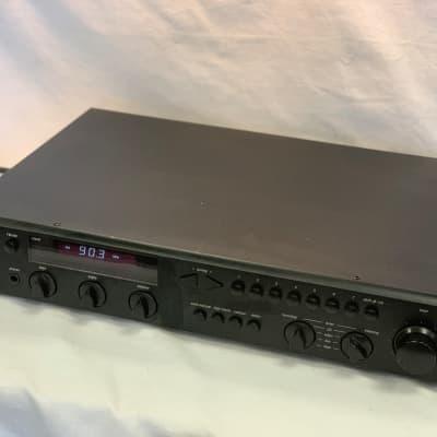 ADCOM GTP-350 Tuner/Pre-amplifier
