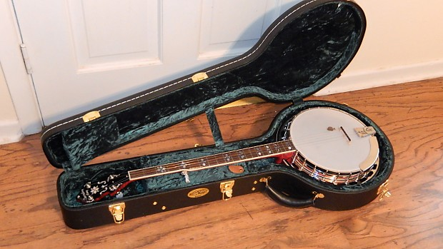 Limited Edition Recording King Banjo RK-ELITE-85 with Gibson Strings