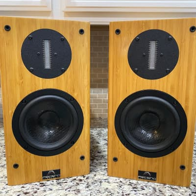 Ascend Acoustics  Sierra 2 Bamboo