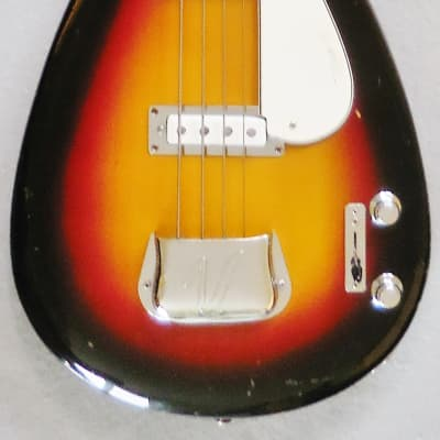 Vox Mark IV Teardrop Bass 1963-64 in Sunburst Made in Italy with Bag - Very Good