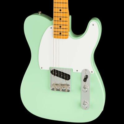 Fender 70th Anniversary Esquire Lake Surf Green