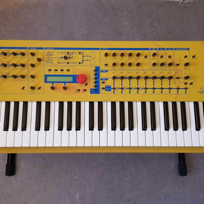 The Yellow Beast Waldorf Q vintage keyboard synthesizer 16 voices