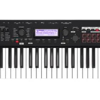 Korg Kross 2-61-MB 61-key Synthesizer Workstation - Super Matte Black