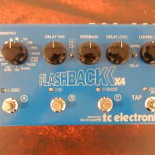 TC Electronic TC Electronic Flashback X4 Delay Pedal