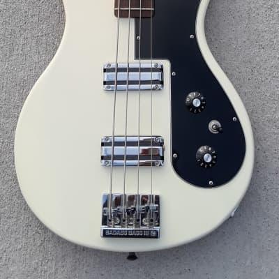 Masterbuilt Fender Prototype Bass 2009 NAMM Arctic White