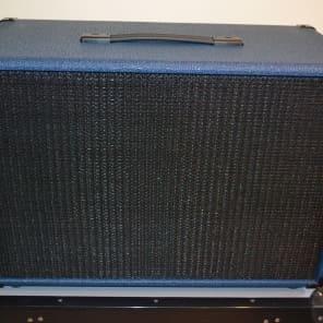 "Traynor YCX12BLUE 60-Watt 1x12"" Guitar Speaker Cabinet"