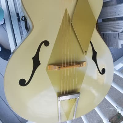 Airline Very Rare Model Archtop Guitar   Gold Diamond Model, Super Rare. for sale