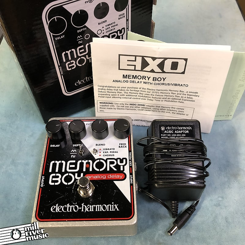 Electro-Harmonix EHX Memory Boy Analog Delay Effects Pedal w/ Box & Power Supply
