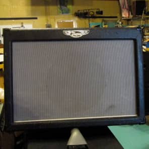 """Traynor DG60R DynaGain 65-Watt 1x12"""" Solid State Guitar Combo with Spring Reverb"""