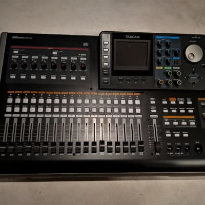 TASCAM DP-24 24-track recorder with CD Recorder & MIDI