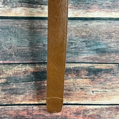 Used Gibson Paisley Tan Leather Guitar Strap
