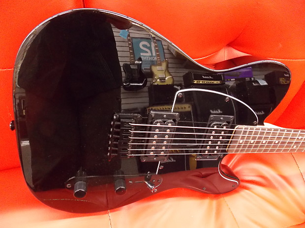 Squier FSR Affinity Telecaster HH Metallic Black with Matching Headstock