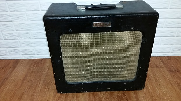 Fender Tweed Tolex Guitar Display Case