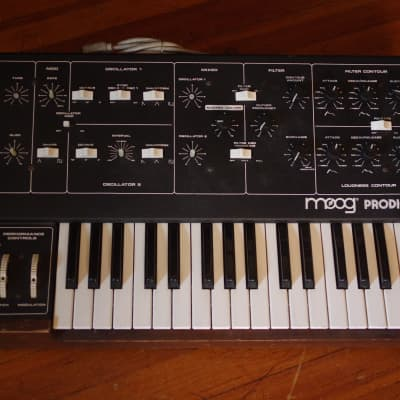 Vintage Moog Prodigy analog synthesizer - as is/for parts, powers on,  no notes/keys make sound