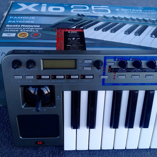 Novation Xiosynth Xio25 synthesizer keyboard K-Station X Bass Nova  Supernova VA Virtual Analog