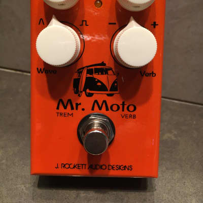 J. Rockett Mr. Moto Tremolo Reverb Effect Pedal 2020