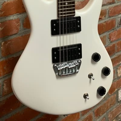 Peavey Milestone 12 White for sale