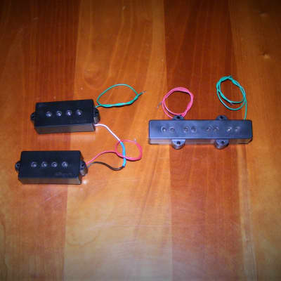 DiMarzio DP126BK Model P+J Bass Pickup Set