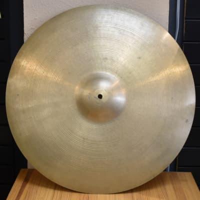 """Vintage 1960s Zildjian 22"""" Heavy Ride Cymbal - 3308 Grams"""