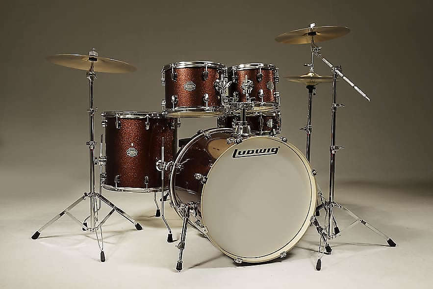 Ludwig Elements Drive 5 Pc  Outfit with Cymbals, Hardware