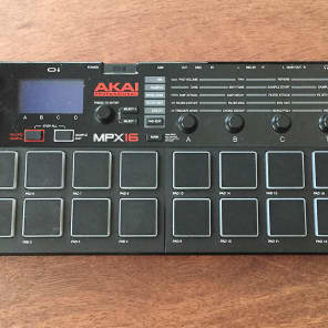 Akai MPX16 Sampler with 16 Pads