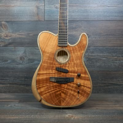 Fender Acoustasonic Koa 2019 Exotic Limited Edition with Case