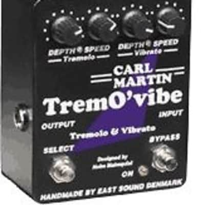 Carl Martin Trem O'vibe Tremovibe Tremolo Vibrato New OLD Stock Version with the AC cord attached. - Carl Martin Tremovibe