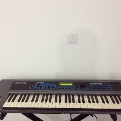 E-MU Systems PK-6 Proteus 2000 keys EMU 64 voice synthesizer