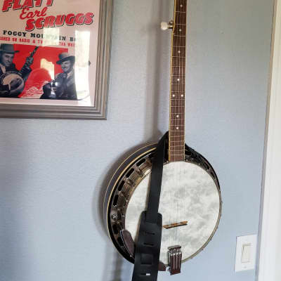 Vintage Saga 5-String Resonator Banjo with New Hardshell Case, Levy's Leather Strap + Extras for sale
